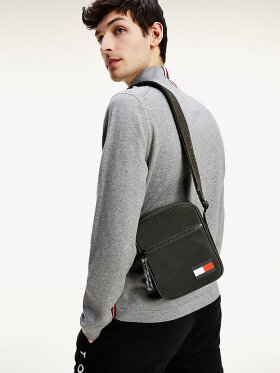 Tommy Hilfiger SMALL FLAG REPORTER BAG