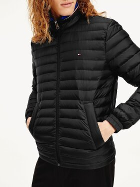 TOMMY CORE PACKABLE DOWN JACKET