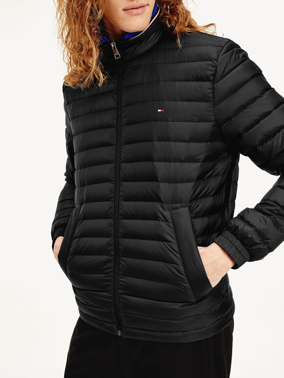 Tommy Hilfiger - TOMMY CORE PACKABLE DOWN JACKET