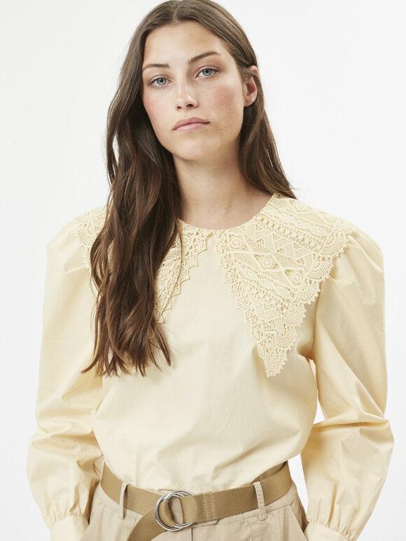 Minimum Fashion - Colla blouse