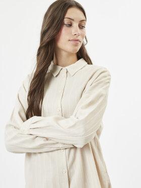 Shirt lisline