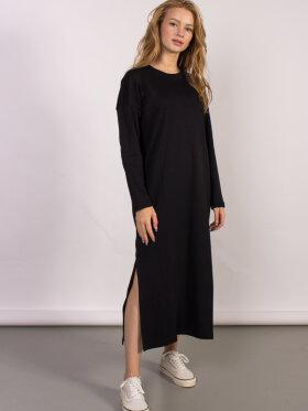 Minimum Regizze Maxi Dress
