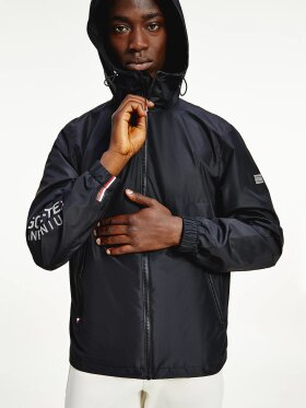 TOMMY TECH ESSENTIAL GORE-TEX HOODED JACKET